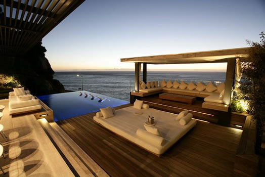 Camps Bay house location in Cape Town